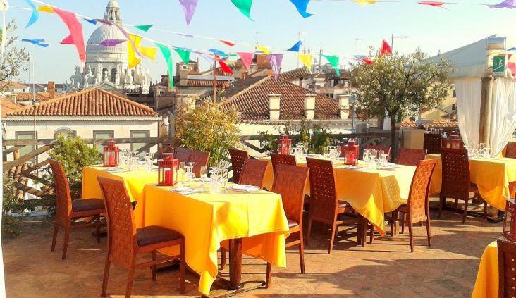 Cena del Redentore in terrazza - Ristorante La Caravella